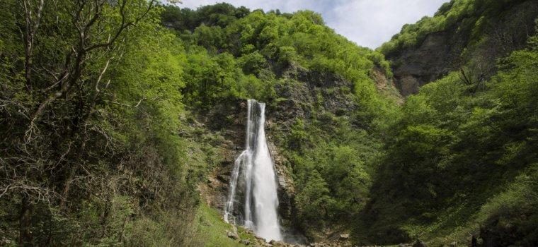 Водопад Оноре и первая пещера Тобы