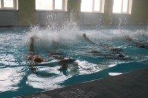 ცურვა