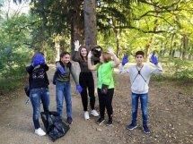 მოსწავლეების მიერ დიღმის ტყე-პარკის ტერიტორიის  დასუფთავება