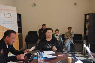 """""""თბილისელების"""" ჟურნალისტმა ქეთი კაპანაძემ ქარტიის პირველი პრინციპი დაარღვია"""