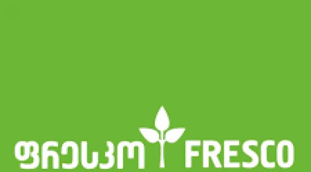 საქართველოს ჟურნალისტური ეთიკის ქარტიის საბჭოს გადაწყვეტილებით, გამოცემებმა: Faktpress.com-მა და Mins.ge-მ ქარტიის პირველი (ინფორმაციის სიზუსტე),ხოლო Fact2.ge-მ,როგორც პირველი, ასევე მეხუთე (შესწორება) პრინციპი დაარღვიეს.  სადავო მასალა ვებგვერდებზე 2020 წლის 17-18 მარტს განთავსდა და ფრესკოს დირექტორთა საბჭოს თავმჯდომარის, ვასილ სოფრომაძის სახელით გამოქვეყნებულ ციტატებს ეხებოდა. ფრესკომ განმარტა, რომ გამოქვეყნებული არც ერთი განცხადება არ ეკუთვნოდა ვასილ სოფრომაძეს და ეს პოზიცია გაიზიარა ქარტიის საბჭომაც.   ქარტიის საბჭოს გადაწყვეტილების სამოტივაციო ნაწილი მოგვიანებით გამოქვეყნდება.