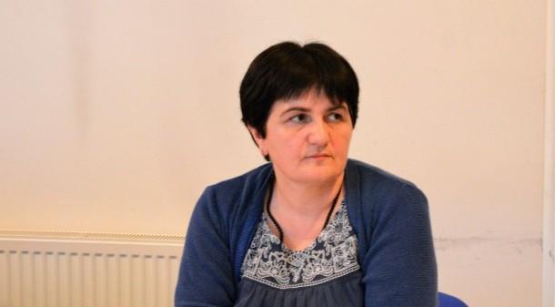ლაურა გოგოლაძე- ჟურნალისტური ეთიკის ქარტიის საბჭოს წევრი