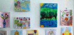 VIII კლასის მოსწავლეთა ნახატების გამოფენა