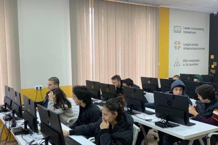 """""""შენი ციფრული სკოლა"""", რომელიც მოსწავლეებს საატესტატო გამოცდისთვის მოამზადებს, BTU-ს სტუდენტმა შექმნა"""