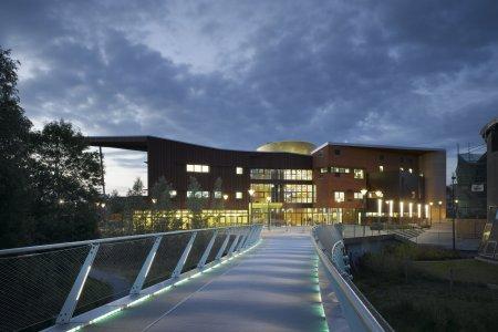 ირლანდიის ტოპ უნივერსიტეტი ბიზნესისა და ტექნოლოგიების უნივერსიტეტთან ითანამშრომლებს