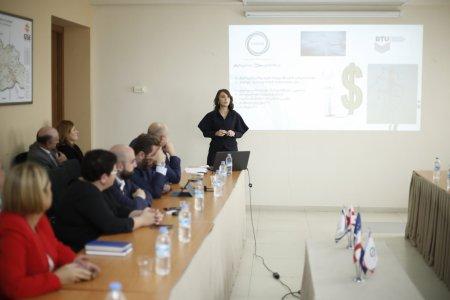 ბიზნესისა და ტექნოლოგიების უნივერსიტეტში საქართველოს პირველი განახლებადი ენერგოწყაროების ლაბორატორია გაიხსნა