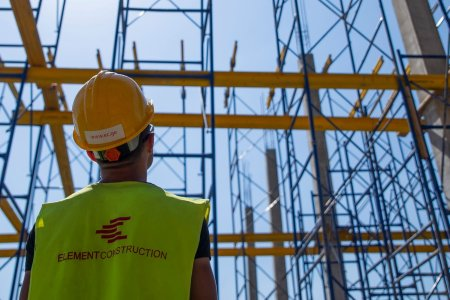 ინდუსტრიული ობიექტის მშენებლობა - მიმდინარე სამუშაოები