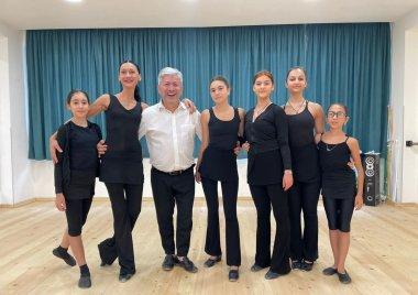 დიანა ბლიაძე - საჯარო ლექციების თემა: პრაქტიკული სამუშაოების მასტერკლასი ქართულ ცეკვაში.