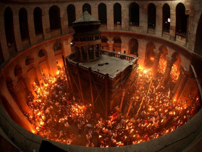 როგორ გააშუქა ქართულმა მედიამ წმინდა ცეცხლის რიტუალი