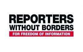 """ჟურნალისტების უფლებადამცველი საერთაშორისო ორგანიზაცია """"რეპორტიორები საზღვრებს გარეშე"""" (RSF) 8 ნოემბერს ცესკოსთან გამართულ აქციაზე ჟურნალისტების დაშავებას ეხმიანება.  Twitter-ზე გამოქვეყნებულ განცხადებაში RSF-ი აღნიშნავს, რომ თბილისში, კვირა საღამოს, ცენტრალურ საარჩევნო კომისიასთან მიმდინარე აქციის დროს, პოლიციის მიერ წყლის ჭავლის გამოყენებისას სულ მცირე 7 ჟურნალისტი დაშავდა და დაზიანდა მათი ტექნიკა.  ორგანიზაცია მოითხოვს საქართველოს ხელისუფლებისგან უზრუნველყოს ჟურნალისტების უსაფრთხოება მათი საქმიანობის შესრულებისას."""