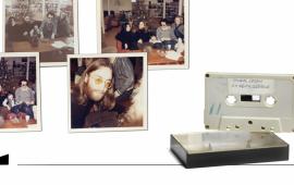 """ჯონ ლენონის აქამდე უცნობი ნახევარი-საუკუნის წინანდელი აუდიო ინტერვიუ და ფოტოები დანიაში აუქციონზე იყიდება.  33-წუთიანი მასალა 51 წლის წინ, """"ბითლზის"""" დაშლამდე რამდენიმე თვით ადრე თინეიჯერებმა სკოლის ჟურნალისთვის ჩაწერეს. ძველ კასეტაზე შემორჩენილია ჯონ ლენონის გამოუქვეყნებელი სიმღერის ჩანაწერიც.  უცნობი ინტერვიუს ისტორია  როგორც BBC წერს, დანიელი კარსტენ ჰოჯენი 16 წლის იყო, როდესაც სამ მეგობართან ერთად ჩაწერა ჯონ ლენონთან ინტერვიუ. ეს 1970 წელს მოხდა, როდესაც ჯონ ლენონი ცოლთან, იოკო ონოსთან ერთად დანიის ერთ-ერთ რეგიონში ჩავიდა.  ლენონი და ონო დანიაში ერთ თვეს დარჩნენ, მათი ჩასვლიდან ერთ კვირაში მუსიკოსის დანიაში ყოფნის შესახებ ადგილობრივმა გაზეთმა გააშუქა, ამის შემდეგ კი დანიური პრესა წყვილთან ინტერვიუს ჩაწერას აქტიურად ცდილობდა. საბოლოოდ 1970 წლის 5 იანვარს პრეკონფერენციის გამართვა გადაწყდა.  ინტერვიუს მსურველებს შორის 16 წლის ბიჭებიც იყვნენ, ოთხმა დანიელმა თინეიჯერმა მასწავლებელი დაითანხმეს სკოლის გაზეთისთვის პრესკონფერენციაზე წასულიყვნენ, მაგრამ გზაში თოვლიანი ქარბუქის გამო შეყოვნდნენ და ღონისძიებაზე დააგვიანეს. თუმცა, ლენონმა და ონომ თინეიჯერები და რამდენიმე დაგვიანებული ჟურნალისტი მაინც მიიღეს.  სკოლის 4 მოსწავლეს შორის ერთ-ერთი კარსტენ ჰოჯენი იხსენებს, რომ პერსკონფერენციისთვის ხმის ჩამწერი და კასეტა ითხოვეს. მუსიკოსთან შეხვედრის ფოტოებს მისი მეგობარი იესპერ იუნგერსენი იღებდა, ინტერვიუს კი თავად იწერდა.  """"ჯონმა მკითხა """"საიდან ხართ? რადიოდან?"""" – """"არა, სკოლის ჟურნალიდან"""", - ვუპასუხე მე - ამბობს ჰოჯენი და ჰყვება, რომ შეხვედრა მყუდრო და თავისუფალი იყო. ლენონი, ონო, იოკო ონოს შვილი კიოკო, ონოს ყოფილი ქმარი ენტონი ქოქსი და მისი იმჟამინდელი ცოლი მელინდა სავარძელზე ისხდნენ და ფეხები მაგიდაზე ჰქონდათ შემოწყობილი.    მოზარდი ჟურნალისტები ლენონისა და ონოს მშვიდობის კამპანიით იყვნენ დაინტერესებულები ვიეტნამისა და ცივი ომის პერიოდში.  ჩანაწერში ჯონ ლენონს ეკითხებიან: """"როგორ ფიქრობთ, ადამიანები, მაგალითად როგორიც მე ვარ, როგორ შეიძლება დაგეხმარონ მსოფლიოში მშვიდობის დამყარებაში?""""  - """"მოგვბაძე იმაში, რასაც ვაკეთებთ, დაფიქრდი რისი გაკეთება შეგიძლია შენ თვითონ"""", - ასე პასუხობს მუ"""