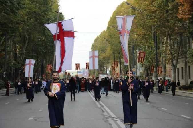 В шествии, посвященном 100 тысячи мученикам, приняли участие студенты Духовной Семинарии