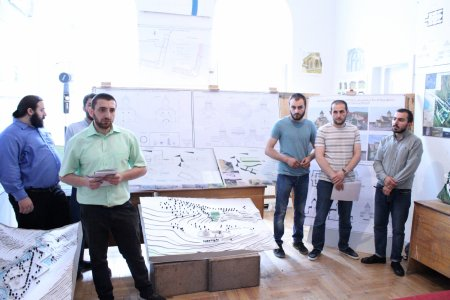 საბაკალავრო ნაშრომების დაცვა საეკლესიო არქიტექტურის (ხუროთმოძღვრების) ხატწერის, დაზგური და მონუმენტური ხატწერის რესტავრაციის ფაკულტეტზე