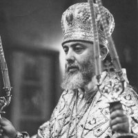 სრულიად საქართველოს კათოლიკოს-პატრიარქის, მცხეთა-თბილისის მთავარეპისკოპოსის, ბიჭვინთისა და ცხუმ-აფხაზეთის მიტროპოლიტის, უწმიდესი და უნეტარესი ილია II-ის აღსაყდრებიდან 43 წელთან დაკავშირებული  მილოცვა